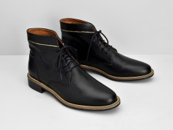 Newton Boots - Lotus - Black