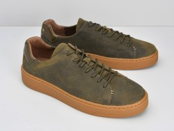 VICE SNEAKER - OILY SUEDE - ARMY SOLE GUM