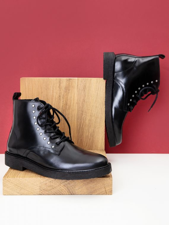 Nevermind Boots W - Flag - Black