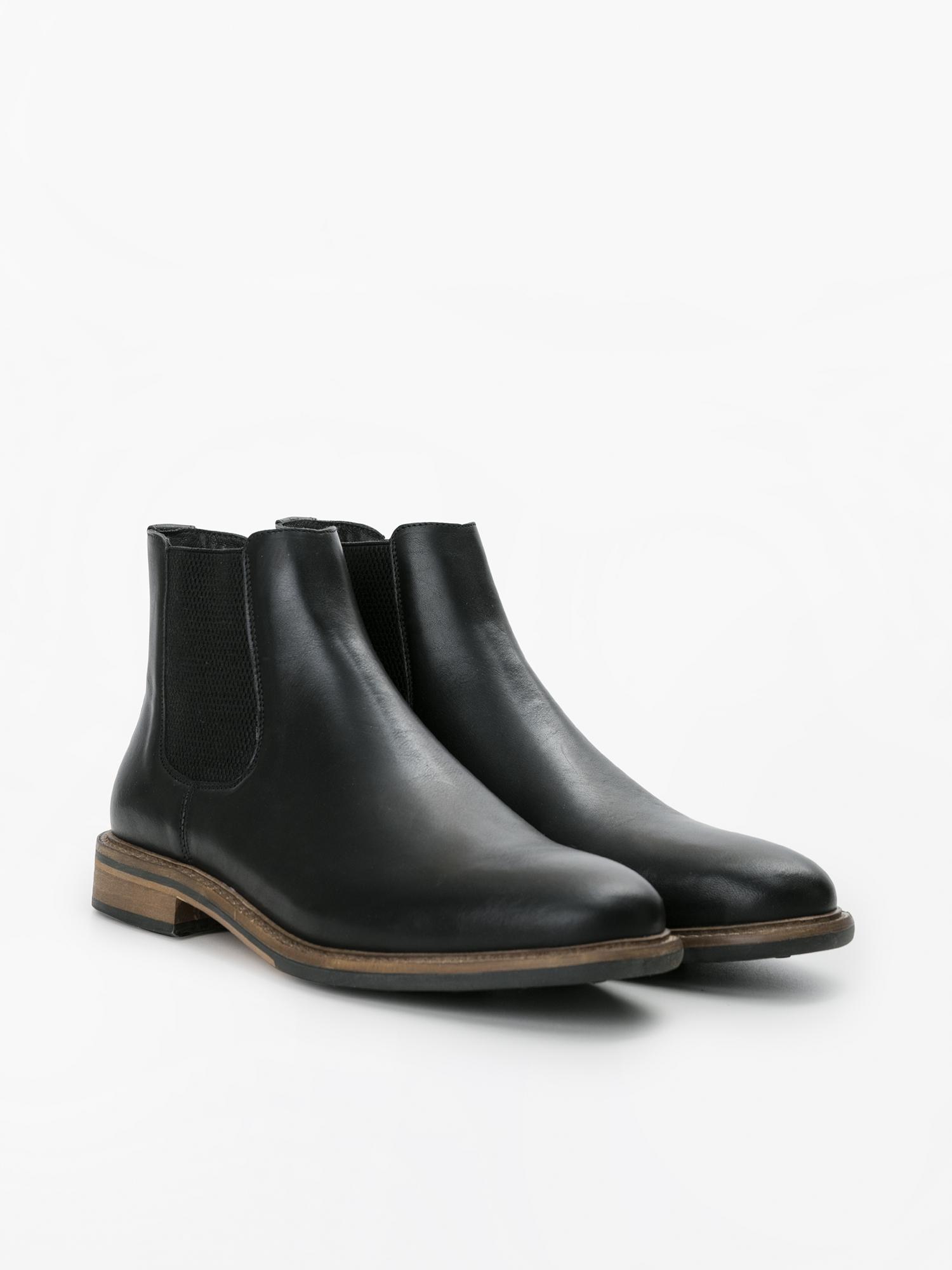 Bons prix acheter pas cher moitié prix Chaussure mariage pour homme : que choisir ?